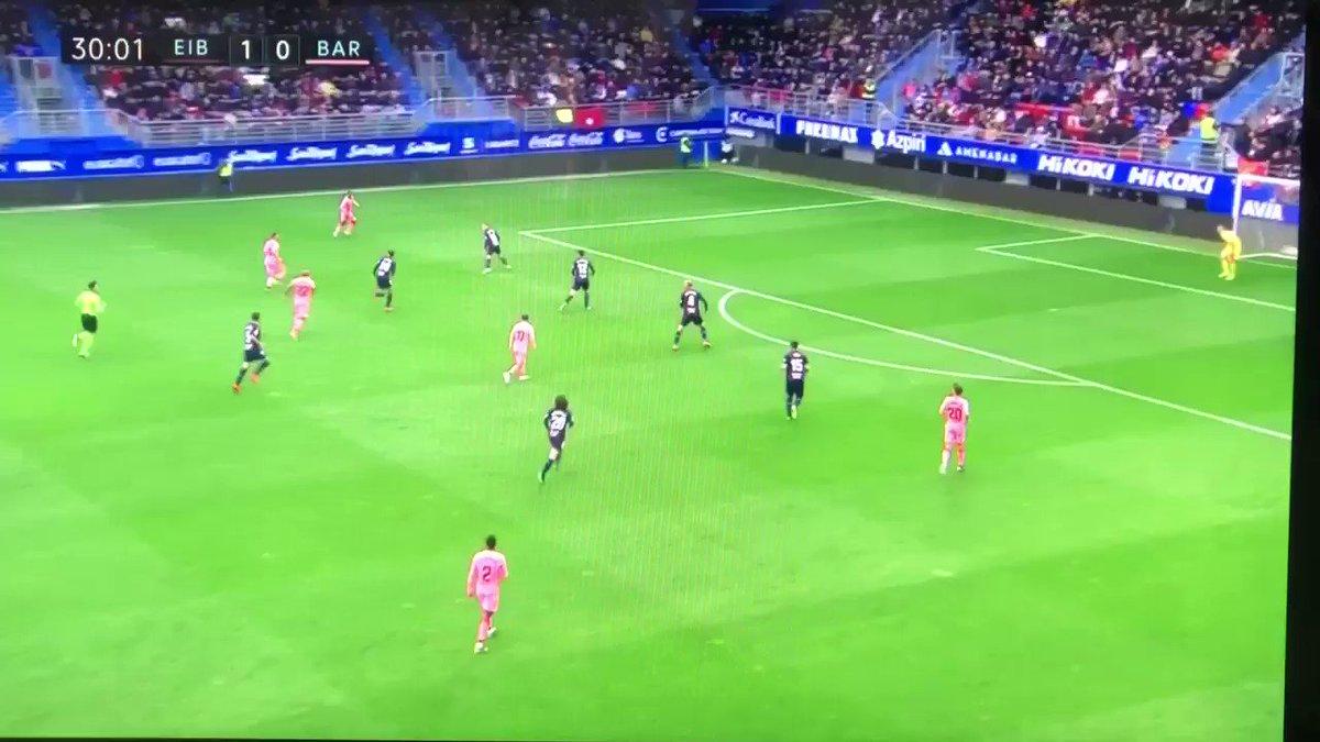 【動画】レオ・メッシさん、凄まじいプレーの連発で2ゴール!ゴールデンシューをほぼ確定させてしまう!