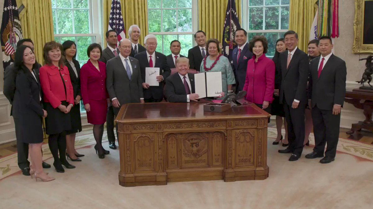 President Trump has signed a new executive order to further the economic empowerment of the Asian-American and Pacific Islander communities! 45.wh.gov/vNMpyR