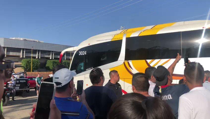 Así llegó el camión del América al Estadio Nou Camp de la cuidad de León #LiguillaW