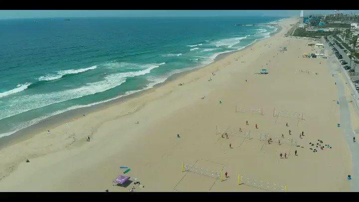 Hit the link to watch the full video on my YouTube channel! https://youtu.be/CbIJEVdI_Vw . . . . #vasilismanjuranis #losangeles #california #america #dailyvlog #greekvlogger #greekyoutuber #lax #droneshot #droneshots #dji #djimavicair #travel #traveler #traveling #exploringtheglobe