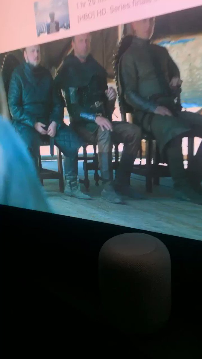 a water bottle in King's Landing!! #got #gameofthrones