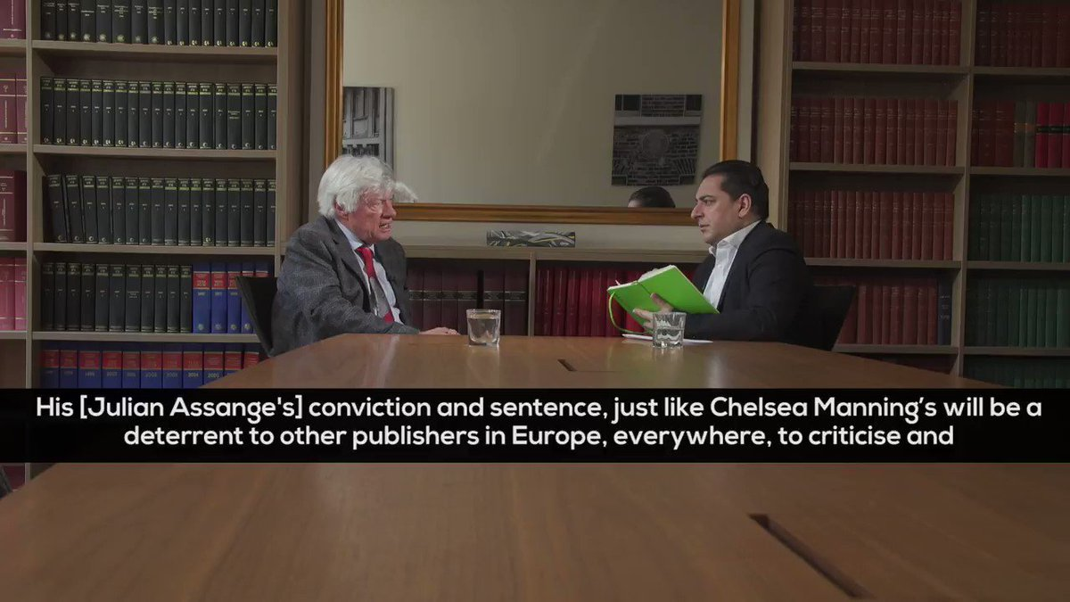 Julian Assanges conviction+sentence will be used as a DETERRENT to other publishers EVERYWHERE...to criticise and reveal information of misbehaviour by American troops! 😡 -Geoffrey Robertson QC of @DoughtyStPublic on the arrest of @Wikileaks Assange youtube.com/watch?v=hDgd6X…