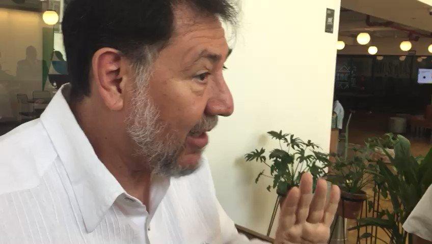 El diputado @fernandeznorona cumplió su amenaza y ya se encuentra en las oficinas de Twitter para protestar por el bloqueo de su cuenta bit.ly/2YFjNHA
