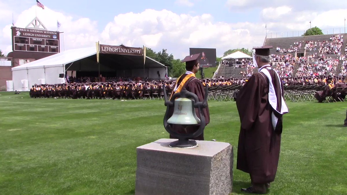 The @LehighU classes of 1969 and 2019 ring the bell to officially welcome our newest alumni. Congratulations to today's graduates! 🎓 #LehighGrad #Lehigh19