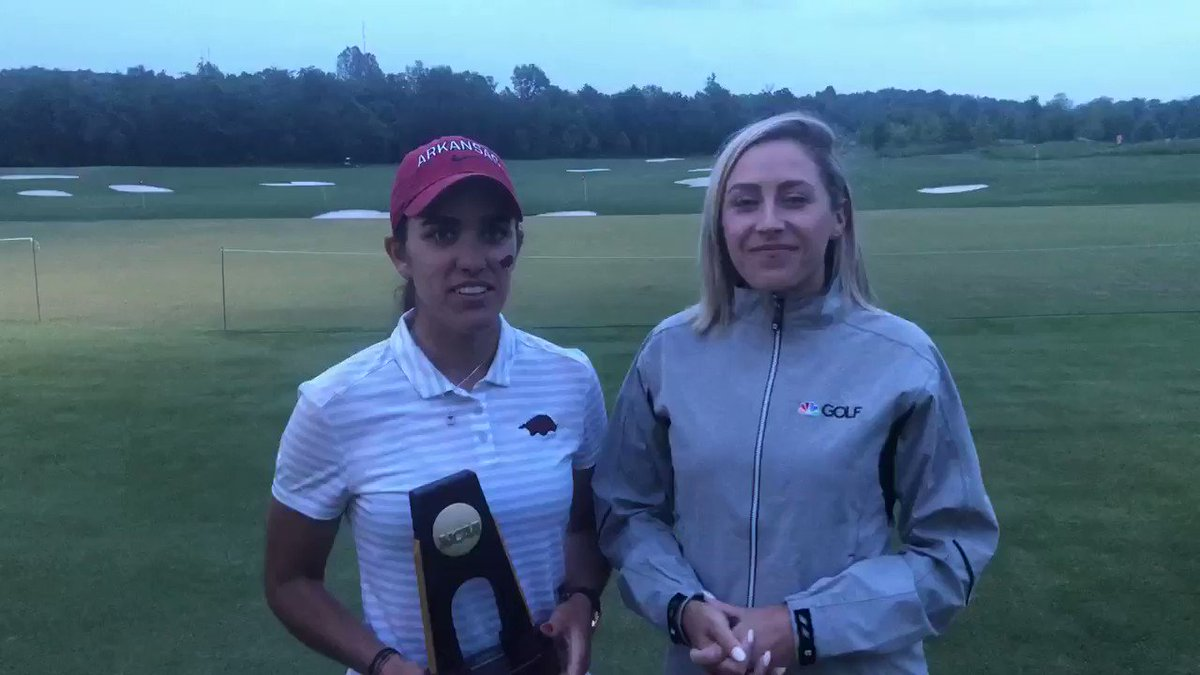 You're looking at a winner! @nikkibgolf caught up with the 2019 #NCAAGolf individual champion, @MariaFassi0 🏆 #WooPigSooie @RazorbackWGolf