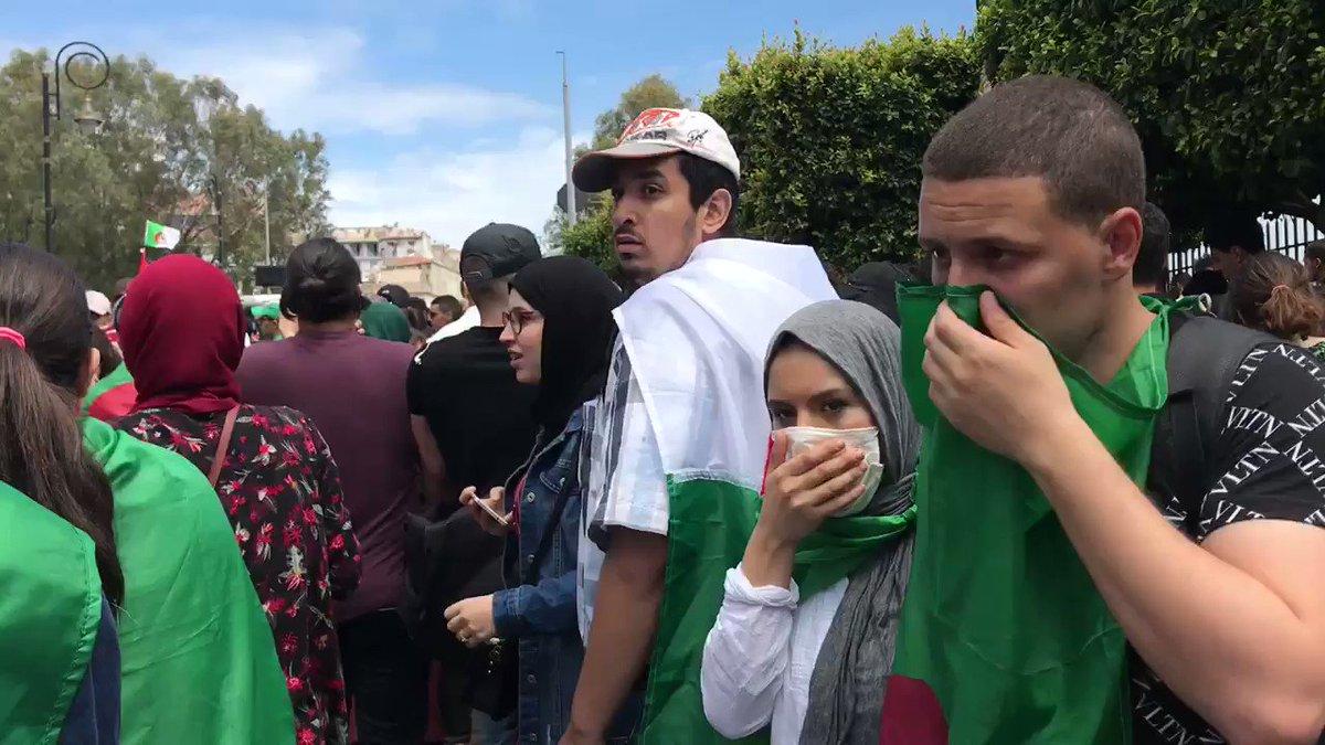 """En Algérie, étudiants et enseignants dans la rue contre """"un État militaire"""""""