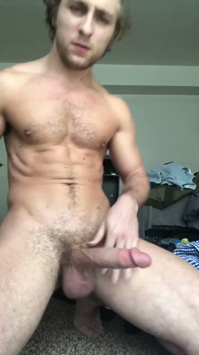 Sexy guy jerking off before blojwob