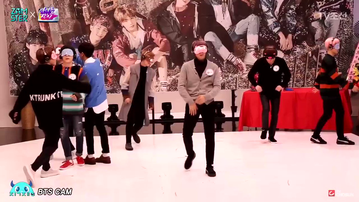 Bringing back how Seokjin and Namjoon danced Not Today perfectly with their eyes covered   @BTS_twt