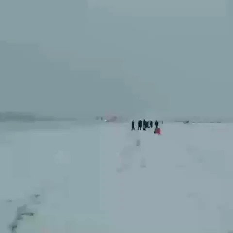 #Antanov AN-124 Takeoff from snowing runway ✈️😯