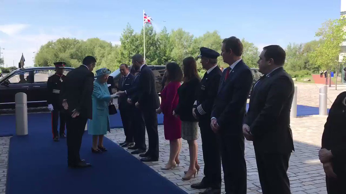 The Queen arrives at @British_Airways' headquarters in Heathrow to mark the company's 100th anniversary.