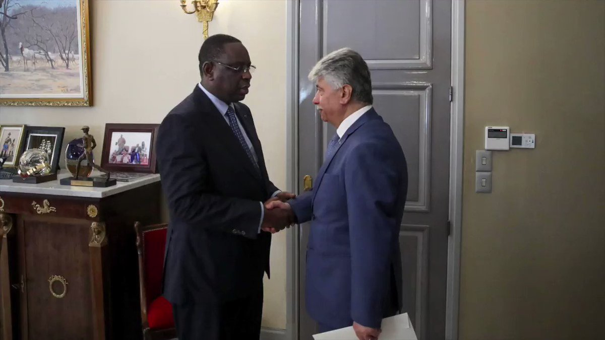 Image for the Tweet beginning: Le Président @Macky_Sall a reçu