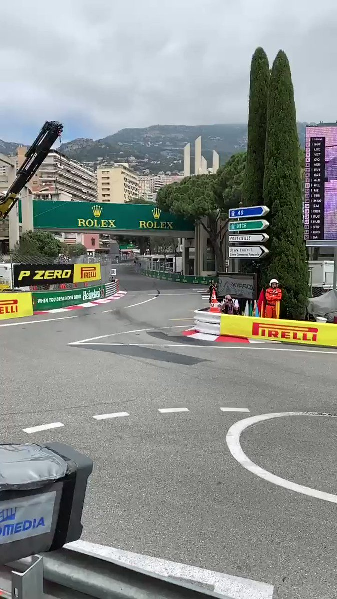 Playing with Slo Mo video - the margin for error around Monaco are very slim! @ValtteriBottas getting it just right