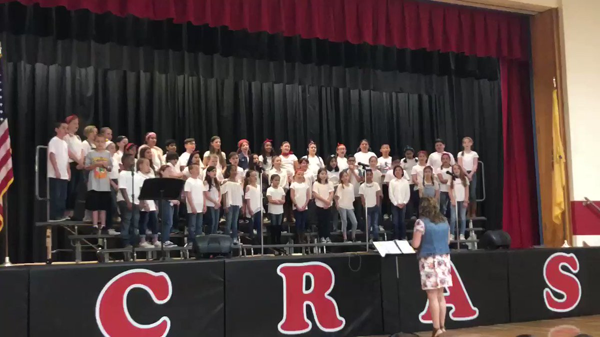 We loved watching the CRAS chorus perform some classic country hits in the spring concert today!🎤🤠@crasmusic