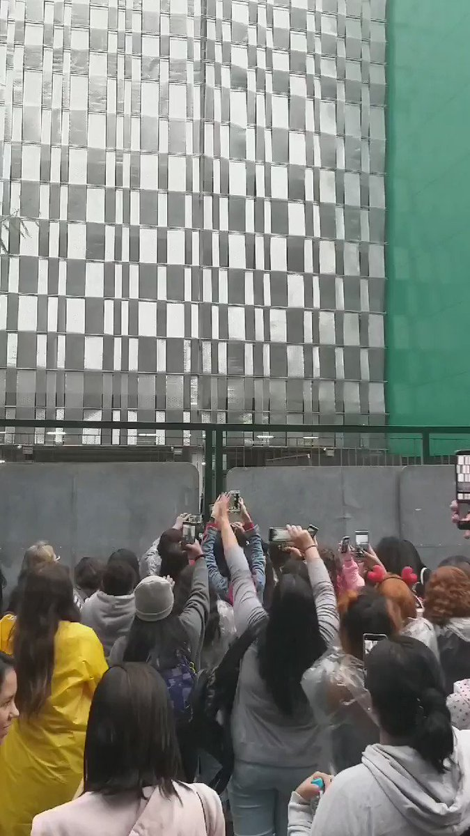 #BoyWithLuv tocando no @AllianzParque ! #BTS @BTS_twt #BTSxAllianzParque #BTSinBrazil