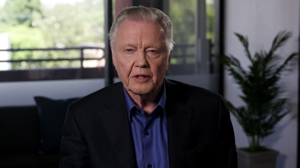 Ryan Saavedra's photo on Jon Voight