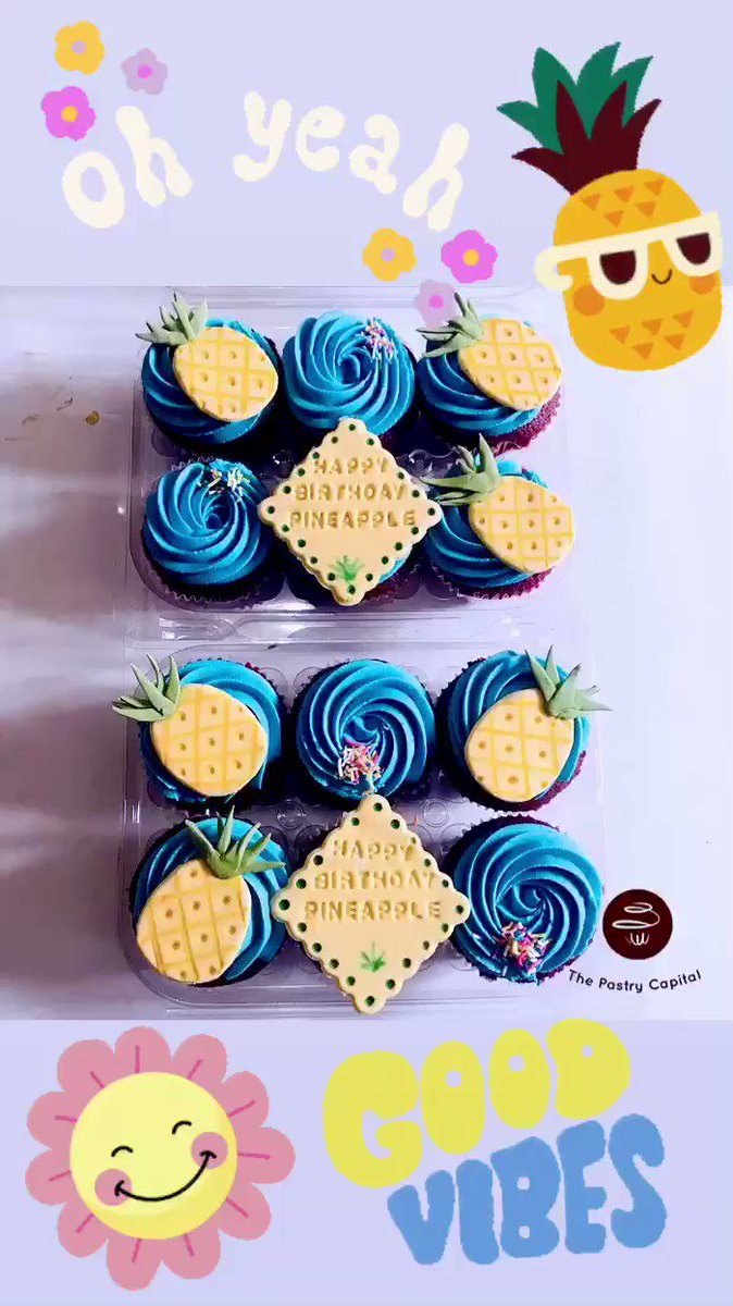 Red velvet flavoured #pineapple #summer #tropicalvibes #sunny #birthday cupcakes  Get yourself a gift set today #thepastrycapital #thecupcakeplugug #kampala #thepastrycapital Contact us today, visit bio for links