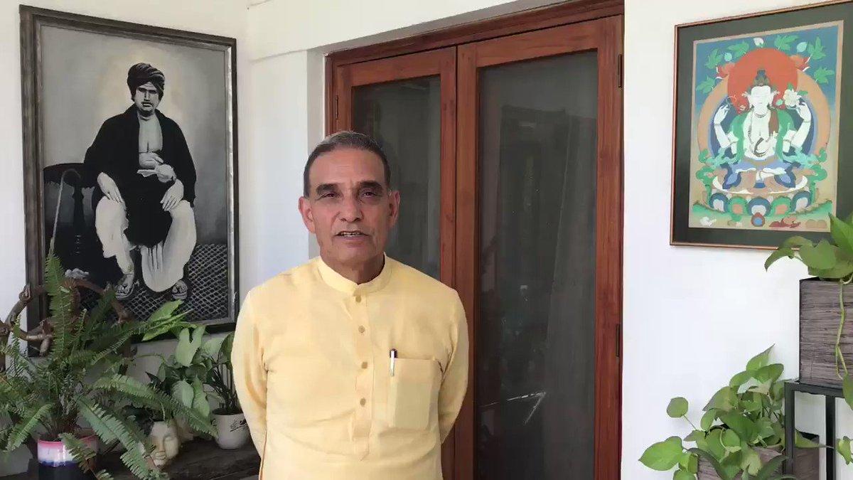 आपके इस आशीर्वाद से मैं आने वाले समय में इस क्षेत्र के लिए एवं राष्ट्र के लिए पूरी निष्ठा से कार्य करता रहूँगा। आप सभी का हार्दिक धन्यवाद!  #BharatVijay   @narendramodi @AmitShah @myogiadityanath @BJP4India @BJP4UP