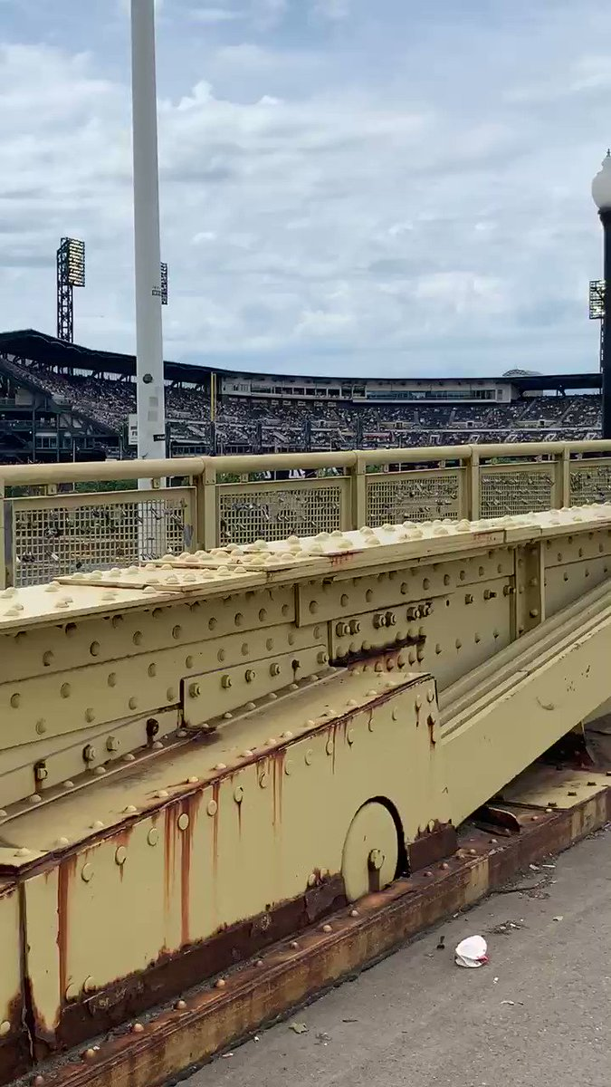 On my way to #Pirates and a wedding breaks out!!! Congrats to Robin and Andy. Big @Pirates fans. Some wedding photos on Clemente Bridge.  #HappyWeddingDay