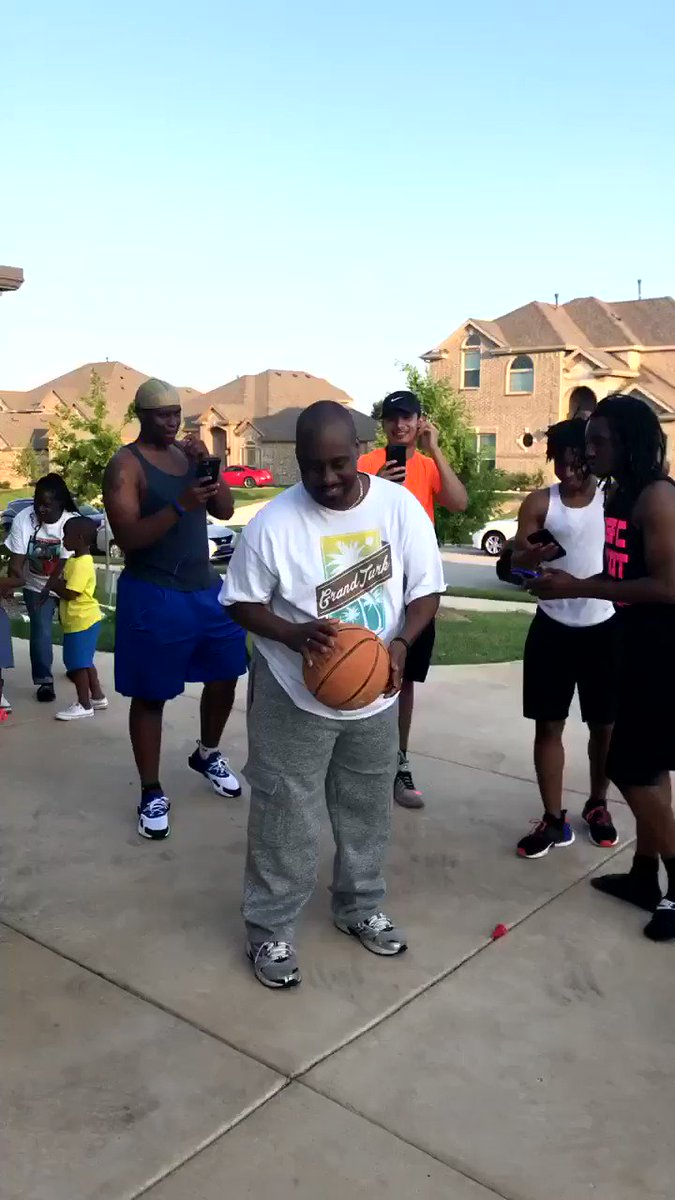 My uncle blind y'all, and made a free throw on his first try