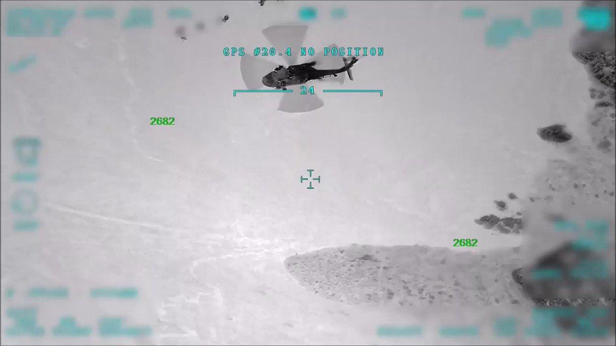 Pençe Operasyon Planı çerçevesinde, 27 Mayıs 2019'da Kara Kuvvetleri topçu bataryaları ve Hava Kuvvetlerimizin atışlarını müteakip Irak kuzeyi Hakurk bölgesinde komando tugaylarımızla bir harekat başlatıldı. https://www.msb.gov.tr/SlaytHaber/2852019-47414… #MSB #TSK