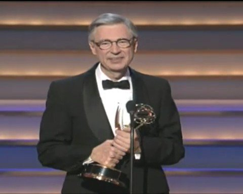 Who else could bring a room full of the most powerful people in Hollywood to tears - without saying a single word.  Only Mr. Rogers.  [Warning:  This is going to change your day]  📹@TheEmmys