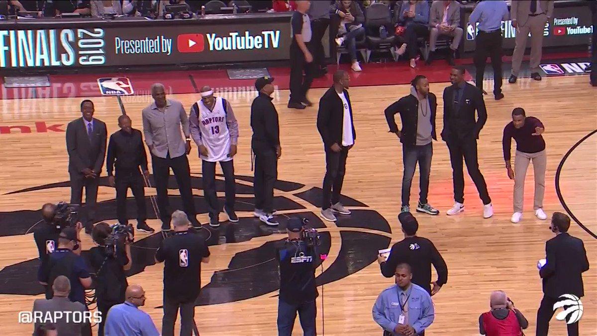 Curry, McGrady, Bosh  A timeline of Toronto legends all lined up 🙏  (Via @Raptors)