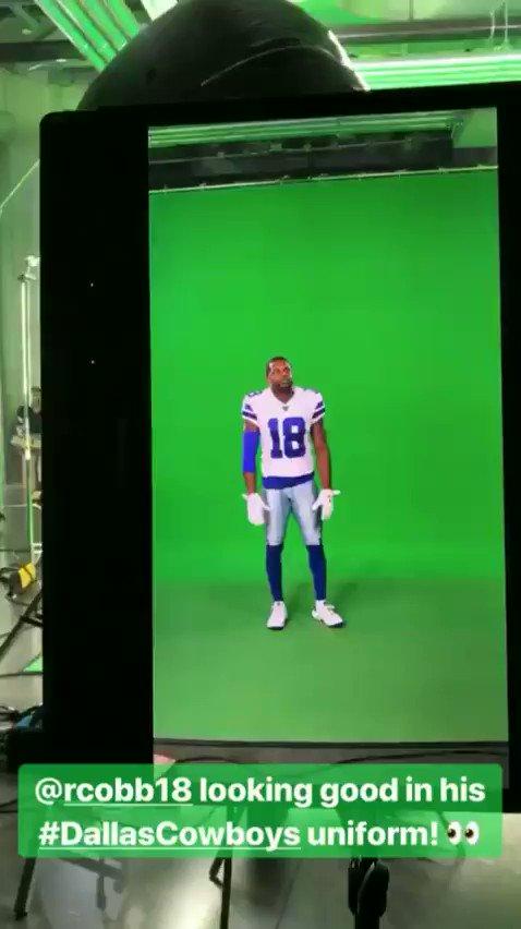First look at Randall Cobb in a Cowboys uniform 🤠😼