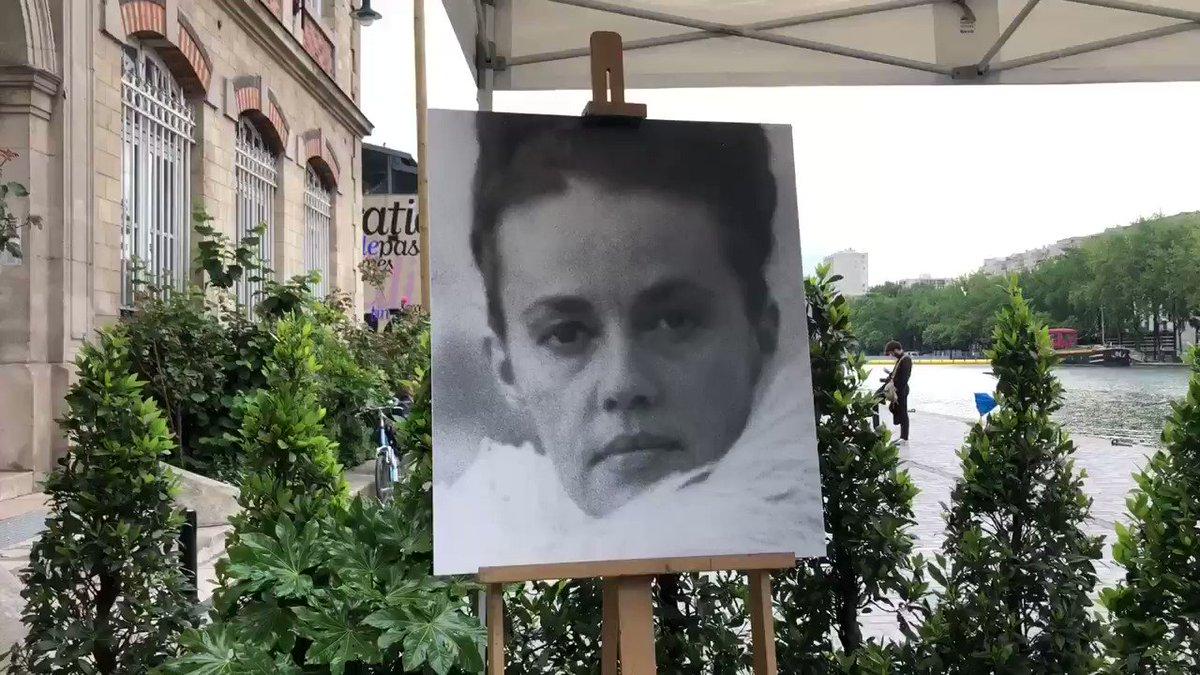 Jeanne Moreau a désormais une promenade à son nom à #Paris. Immense artiste, elle avait la capitale dans son ADN et l'a si bien représentée. Elle était cette héroïne moderne, une source d'inspiration pour de nombreuses femmes à une époque où l'émancipation n'allait pas de soi.