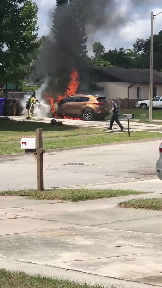 The latest on our @WESH #Investigates reports on non crash @Kia and @Hyundai vehicle fires today at 4, following this latest fire in Kissimmee.