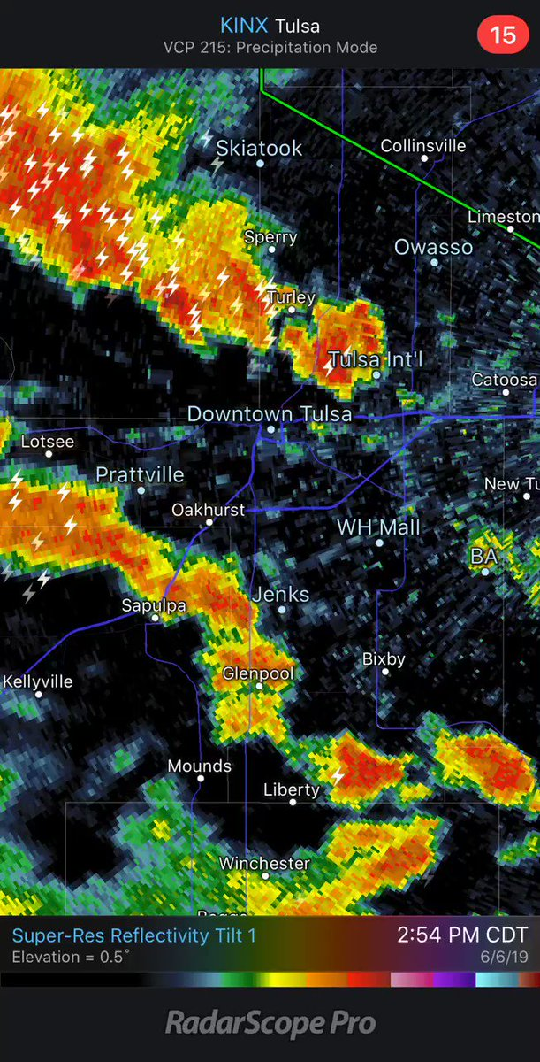 Heavy downpours in Tulsa Metro now. Flash Flood Warning in effect.   Do not drive on flooded roads... These storms are not severe.   #okwx