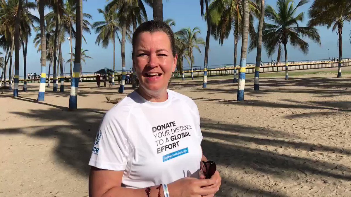 I was in La Guajira, Colombia and ran into a group of Colombian and Venezuelan runners who accepted the challenge to #StepWithRefugees - Do you accept the challenge?  @UschiMuller @As_SyIFRC @NRC_Egeland   @ACNURamericas
