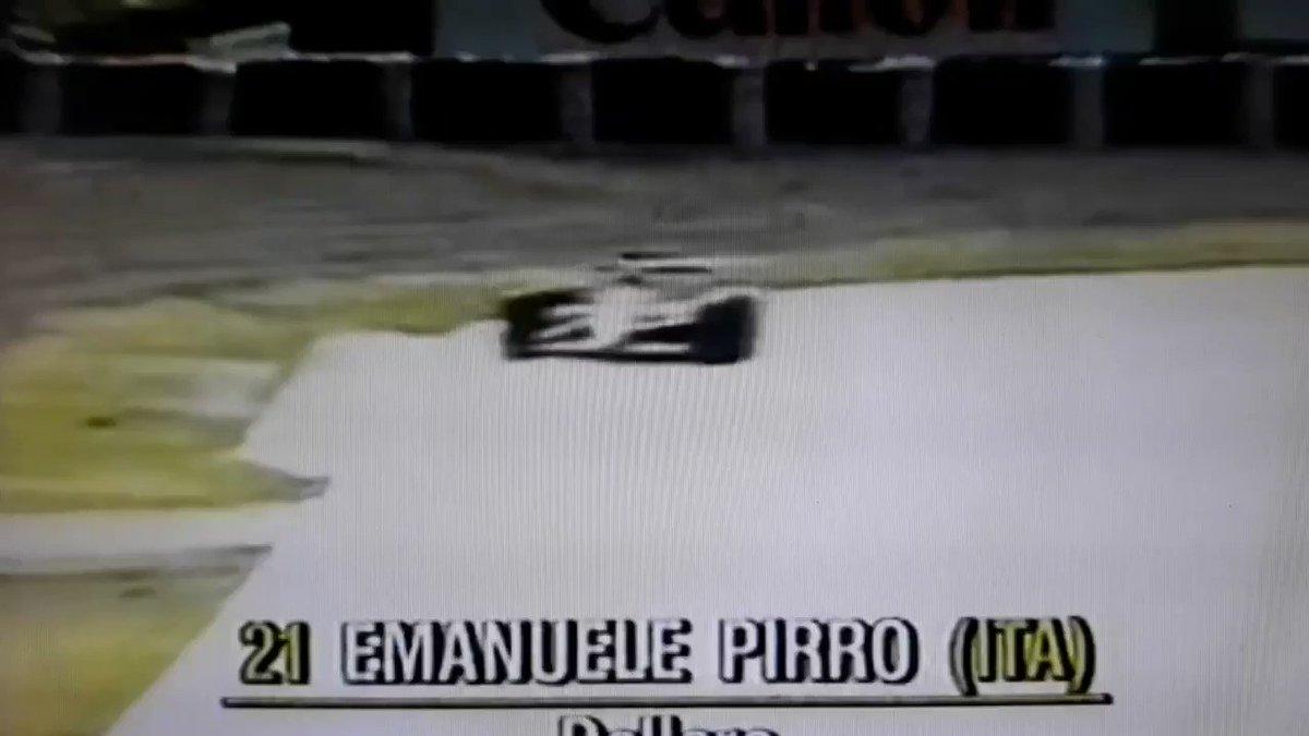 """Trovato @FormulaHumor ! Titolo: """"Quando vai sull'erba e le gomme si sporcano... """" #Pirro #CanadianGP #F1 #Vettel #FUnoAT"""