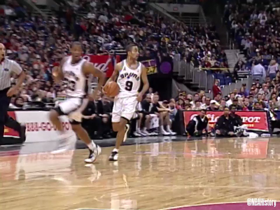 RT @N_Magaro: Young Tony Parker could blow by your favorite player in the blink of an eye. TP was a blur. https://t.co/Ria3D0vqZm