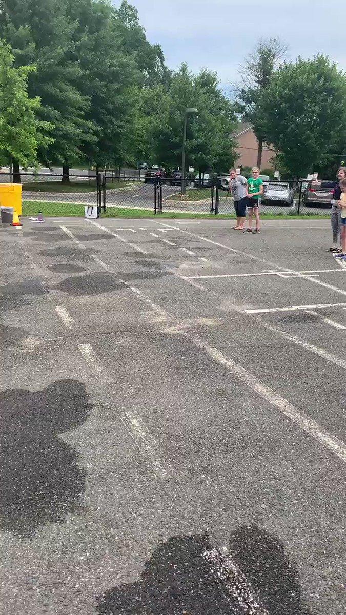 RT <a target='_blank' href='http://twitter.com/MsKMcGinn'>@MsKMcGinn</a>: Water balloon fun with the Braniacs! <a target='_blank' href='http://twitter.com/MrsBrandt_NTM'>@MrsBrandt_NTM</a> <a target='_blank' href='https://t.co/0O1KaRAICe'>https://t.co/0O1KaRAICe</a>