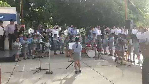 """Esto es terapéutico. Te emociona y te da un respiro. La orquesta infantil del Kínder """"Horacio Terán"""" en Ciudad Victoria, Tamaulipas. #AsíLasCosasConLoret @WRADIOMexico"""