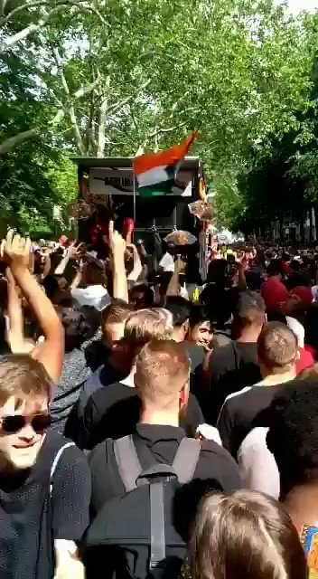 We Rock🤘🤘.London ho to ya ho Deharadoon.🇮🇳❤️