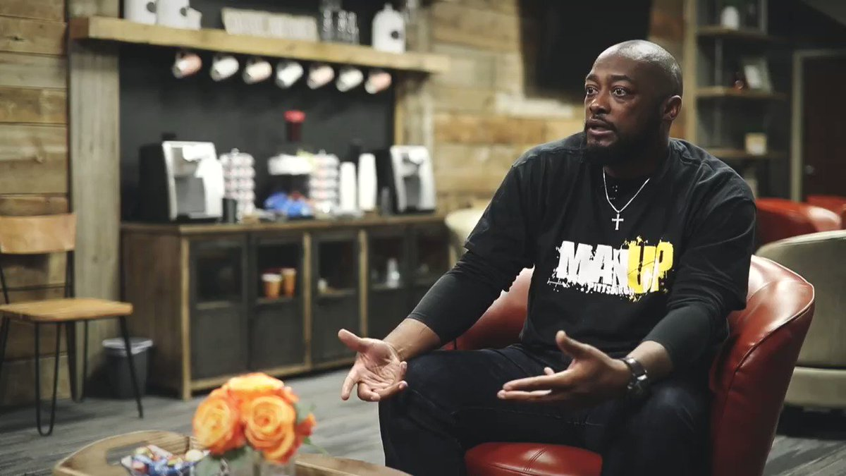 """Mike Tomlin 💯  """"One of the biggest challenges I see in sports these days is your word means less.""""  """"I told my son - """"If you make a commitment to a university, then your recruiting process is over & that's where we're going. Your word means something.""""  🎥 @L3Leader @CoachTomlin"""