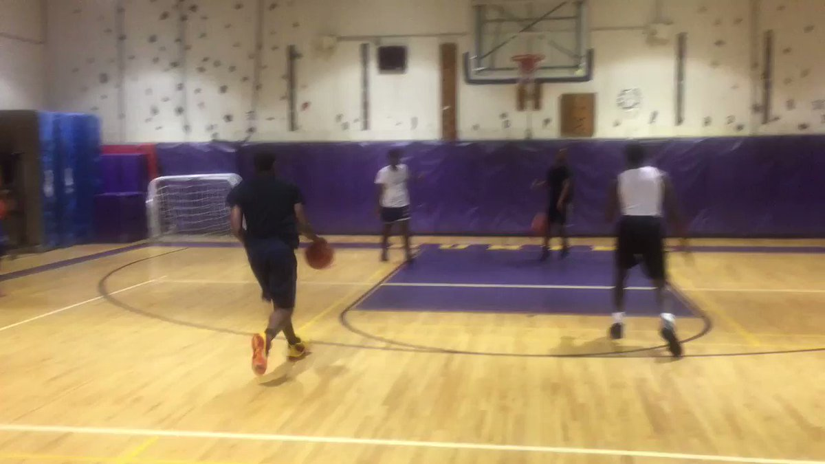 #SummerWorkouts • #OffSeasonDevelopment #Midrange #3Pointers #Teamwork #Cohesiveness #BasketballDrills #BasketballWorkout #BigAppleBasketball #Competition #Win #Lose #Run #Goals #Fundamentals #BasketballFundamentals #BAB #BAB🏀 #TripleThreat #Basketball #SummerFun