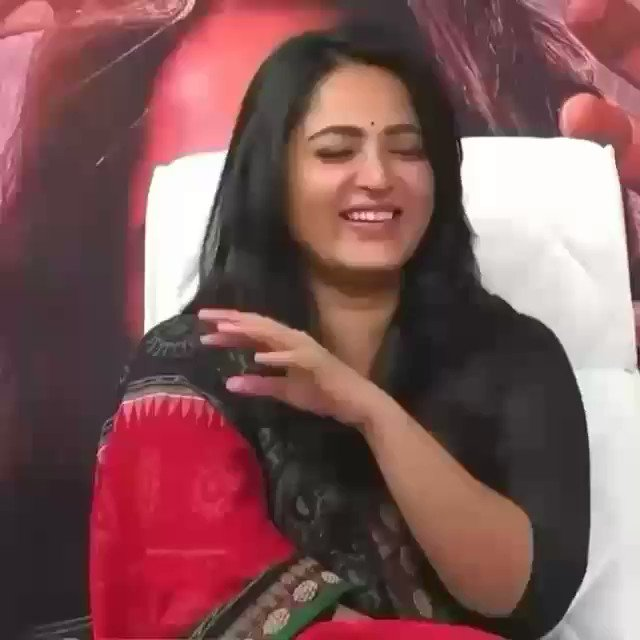 The Reason she has no Haters is her Cuteness Sweetness and Ever Smiling Nature ❤❤🤩🤩🤗 Sweety for A Reason ☺🤗 #AnushkaShetty #anushkashetty #sweety #Sweety #anushka #sweetyshetty #Anushka
