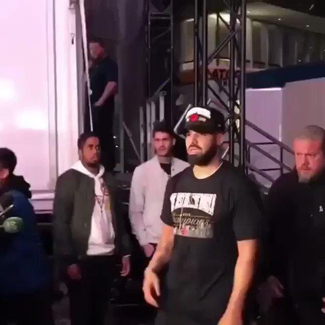 RT @Akademiks: Drake declares the Golden State warriors dynasty is OVER https://t.co/7VfRZ4LOEm