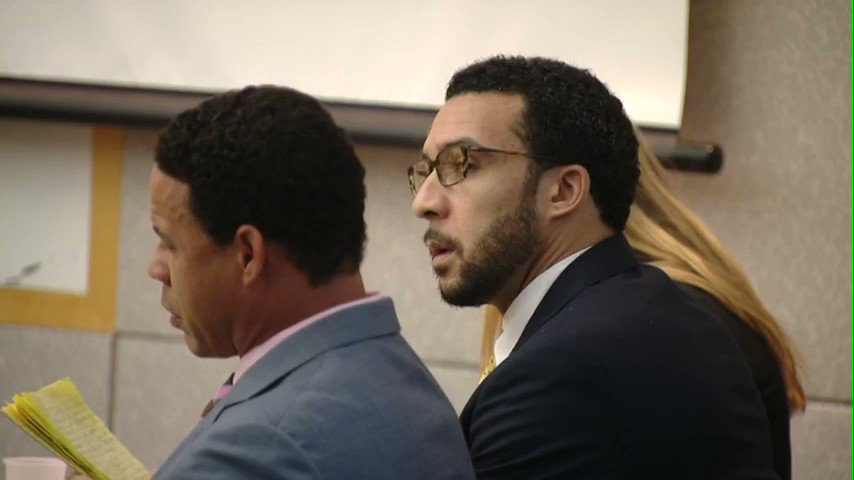 We will soon learn whether the @SDDistAtty will retry a former NFL tight end convicted w rape & lewd conduct charges. A jury deadlocked on 8 remaining charges against Kellen Winslow Jr. Today, the DA's Office will announce if it will seek a retrial. #NBC7 https://t.co/bZlcgL2tws https://t.co/aPEDhPEaiV