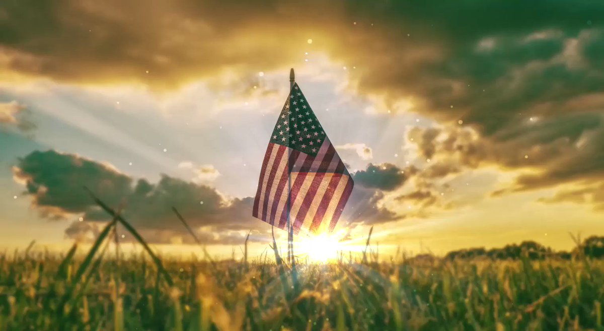 """On June 14, 1777, Congress established an official U.S. flag. The U.S. Army—established by Congress June 14, 1775—shares its birthday with the flag. The Army motto, """"This We'll Defend,"""" signifies the Army's constant readiness to preserve and defend the United States. #FlagDay"""
