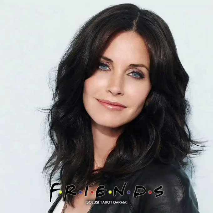 Happy Birthday Courteney Cox