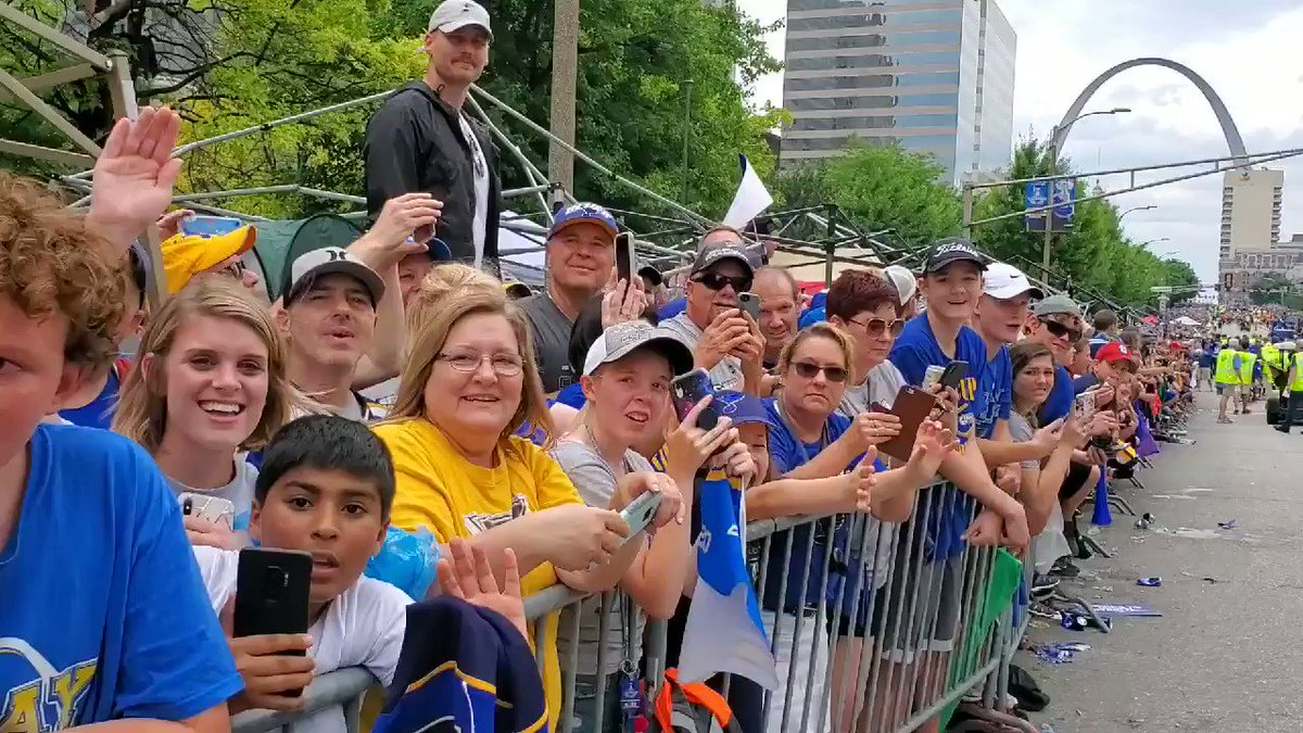 All of these people turned out to catch a glimpse of the #stanleycup... watch until the end... #stlblues