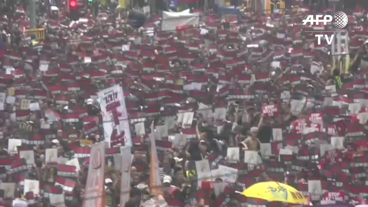 VIDEO: 🇭🇰 Tens of thousands of people are marching in Hong Kong as public anger seethes following unprecedented clashes between protesters and police over an extradition law, despite a climbdown by the city's embattled leader Carrie Lam