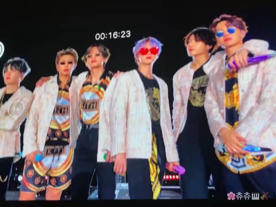 BTS crackhead culture will forever be the only thing that matters in the world #BTS #BTS5THMUSTER #BTS #BTS5thMUSTER