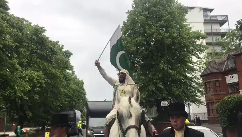 صلاح الدین ایوبی بھی آج پاکستان کا میچ دیکھنے آئے ہیں 😅 #IndiaVsPakistan #CWC19