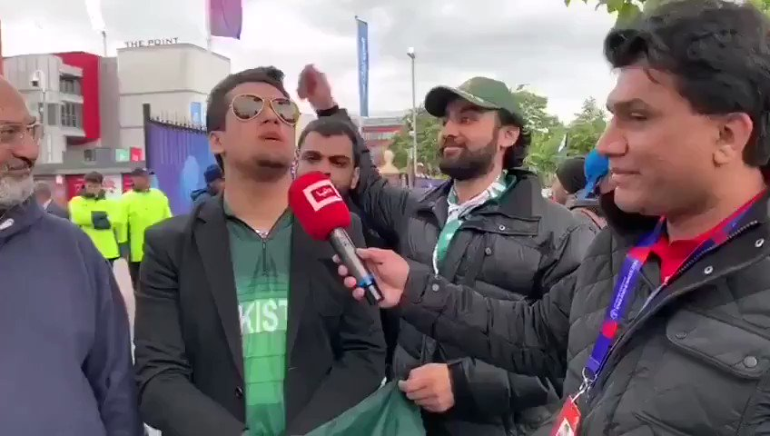 This guy is a Gem 😂😂😂  #IndiaVsPakistan #CWC19 #CongratulationsIndia