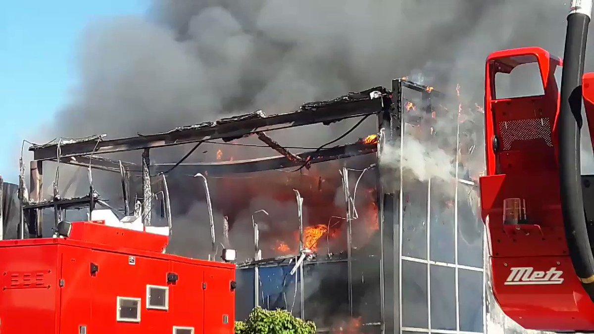 Beelden grote brand Middelbeers Noord-Brabant