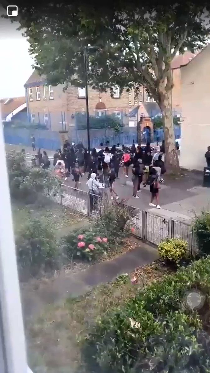 This is what happens to pizza delivery drivers in Sadiq Khan's London.   These are feral streets. Where the police have no control.   #GetKhanOut